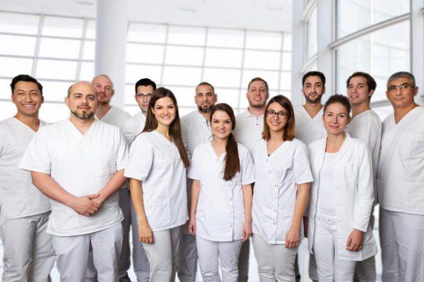 Frankfurt am Main, Zahnarztpraxis, 24.11.2015, Dr. Derin, Boulaaouin Zahnärzte,